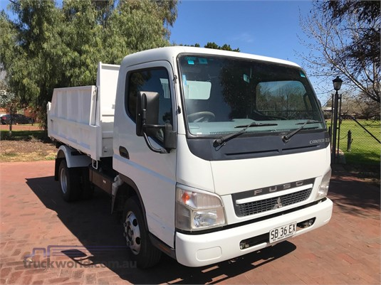 2010 Mitsubishi Canter 3.5 - Trucks for Sale