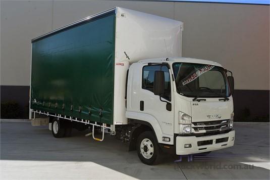 2019 Isuzu FRR - Trucks for Sale