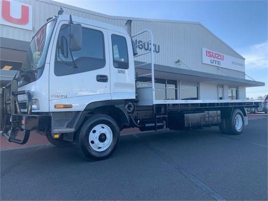 1998 Isuzu FRR 550 - Trucks for Sale
