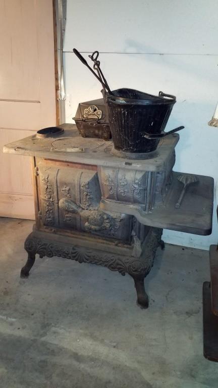 Antique Cast Iron Eclipse Wood Cook