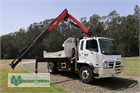 2009 Fuso Fighter 10 Crane Truck