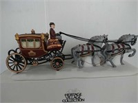 Heritage Village Collection Royal Coach