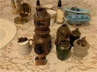 LARGE LOT OF VTG TABLE LIGHTERS / MORE