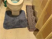 LOT OF VARIOUS BATHROOM ITEMS