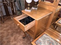 VTG VANITY / DRESSING TABLE AND CHAIR