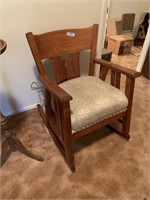 VTG MISSION STYLE / ARTS & CRAFTS OAK ROCKER