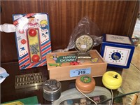 LOT OF VARIOUS TOYS / MORE