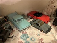 LOT OF CARS / DIE CAST AND MORE
