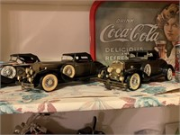 LARGE LOT OF CARS / MORE