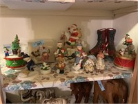 LARGE LOT OF CHRISTMAS / FIGURINES