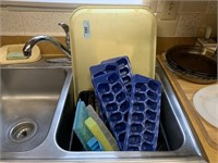 LOT OF ICE CUBE TRAY MOLDS MORE