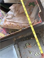 LARGE OUTDOOR BOX / W CONTENTS