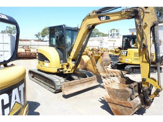 2011 Caterpillar 305.5D CR - Heavy Machinery for Sale