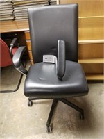 (10) Leather Task Chair $10.00 Reserve