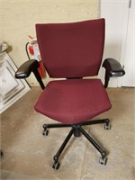 (16) Burgundy Office Chair $10.00 Reserve