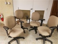 (28) 4 Beige Office Chairs $20.00 Reserve