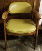 (55) Padded Wood Side Chair $10.00 Reserve
