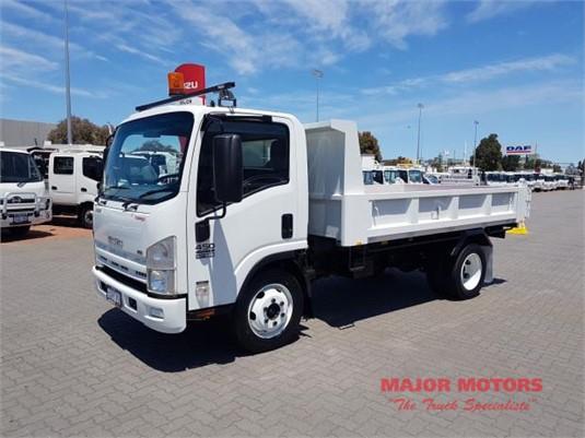 2009 Isuzu other Major Motors  - Trucks for Sale