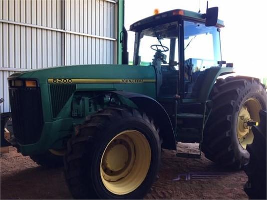1994 John Deere 8200 - Farm Machinery for Sale