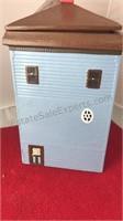 "1979 Dated Ceramic House Cookie Jar 6x6x12"""