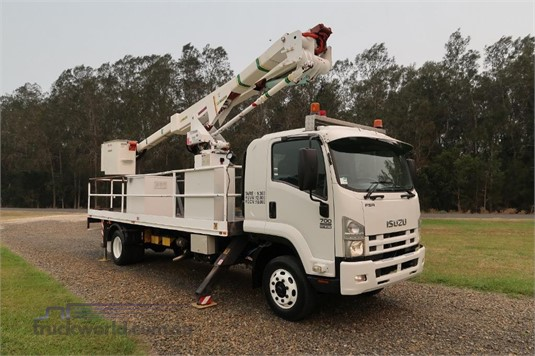 2008 Isuzu FSR 700 Long - Trucks for Sale