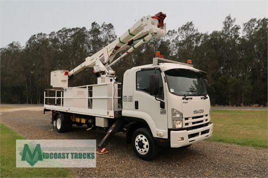 2008 Isuzu FSR 700 Long Midcoast Trucks - Trucks for Sale