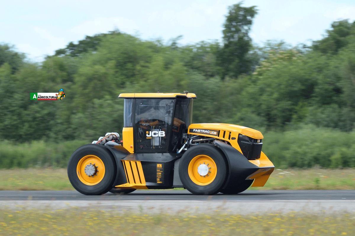 trattore JCB Fastrac