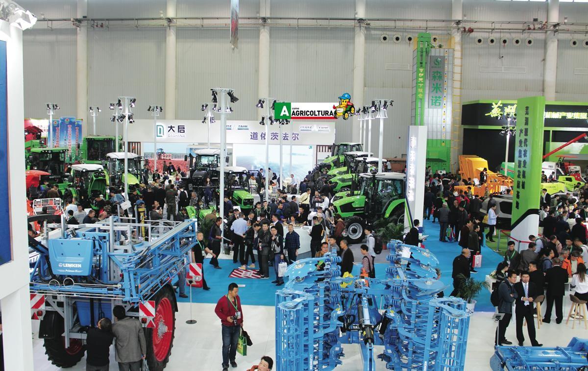 vendite trattori mercato internazionale