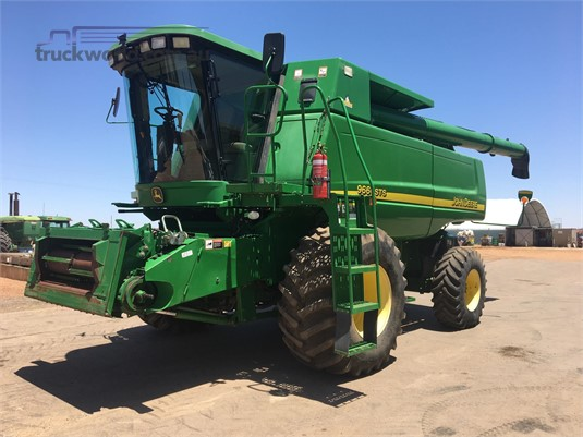 2004 John Deere 9660 STS - Farm Machinery for Sale