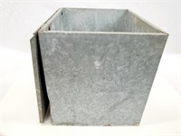 Bailey Farm Dairy Insulated Galvanized Milk Cooler