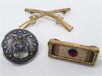 Scarce Infantry Muskets & Japan Insignia & Button