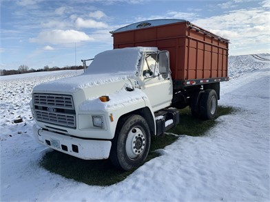 Farm Trucks / Grain Trucks For Sale - 432 Listings