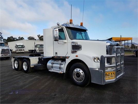 2011 Freightliner Coronado - Trucks for Sale