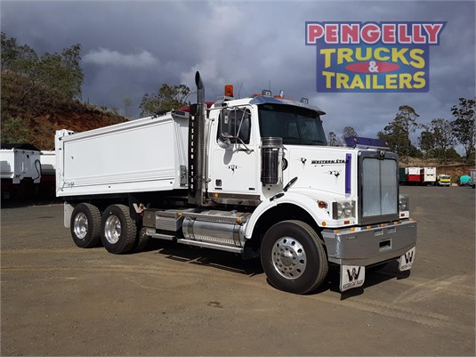 2016 Western Star 4800FS2 Pengelly Truck & Trailer Sales & Service - Trucks for Sale