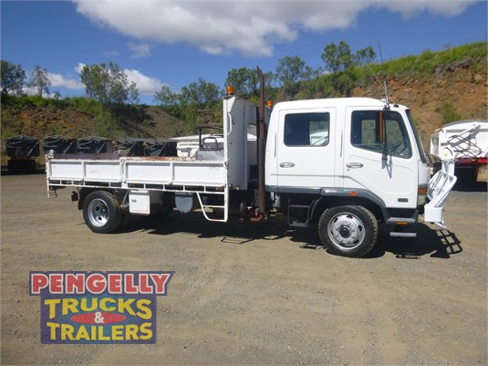 2001 Mitsubishi FK600 Pengelly Truck & Trailer Sales & Service - Trucks for Sale