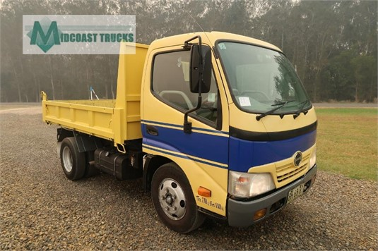 2010 Hino Dutro Midcoast Trucks - Trucks for Sale