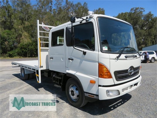 2004 Hino Ranger 6 FD Crew Midcoast Trucks - Trucks for Sale