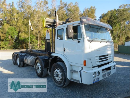 2009 Iveco Acco 8x4 Midcoast Trucks - Trucks for Sale
