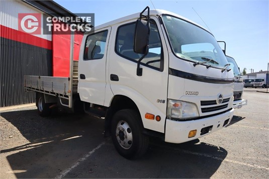 2010 Hino 300 Series 816 Crew Complete Trucks Pty Ltd - Trucks for Sale