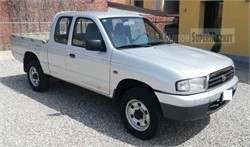 MAZDA B2500  Usato