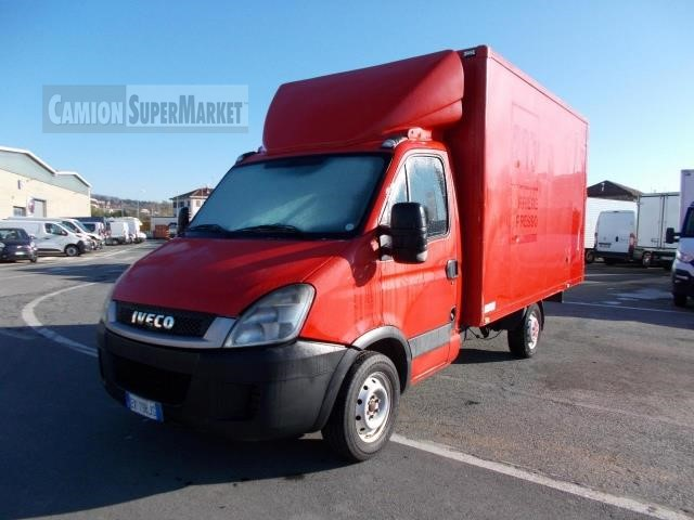 Iveco DAILY 29L12 used 2011