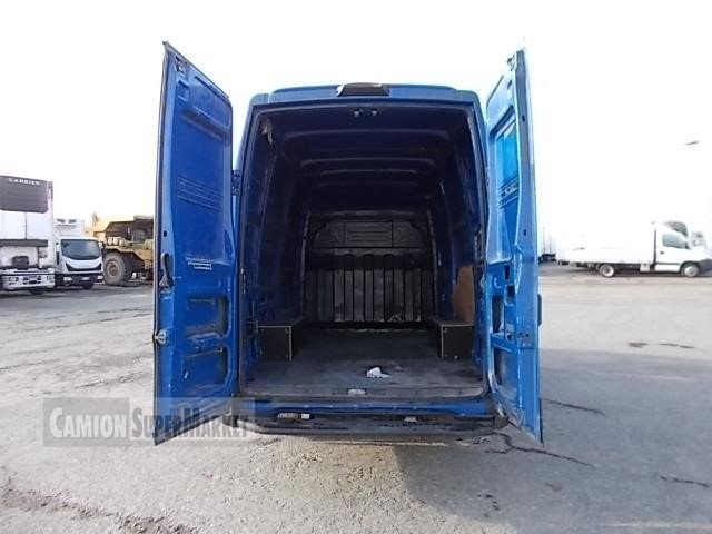Iveco DAILY 35S14 used 2013