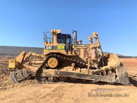 2011 Caterpillar D10T - Heavy Machinery for Sale