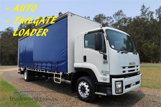 2011 Isuzu FTR 900 Long Premium AMT - Trucks for Sale