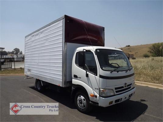 2009 Hino 616 Cross Country Trucks Pty Ltd - Trucks for Sale