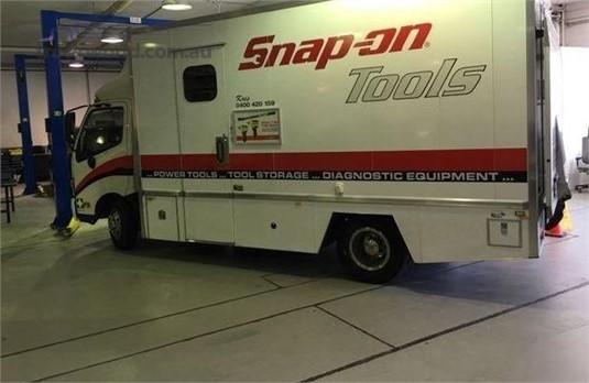 2012 Hino 300 615 - Trucks for Sale