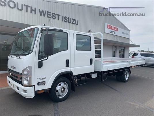 2016 Isuzu NPR 65/45 190 CREW - Trucks for Sale