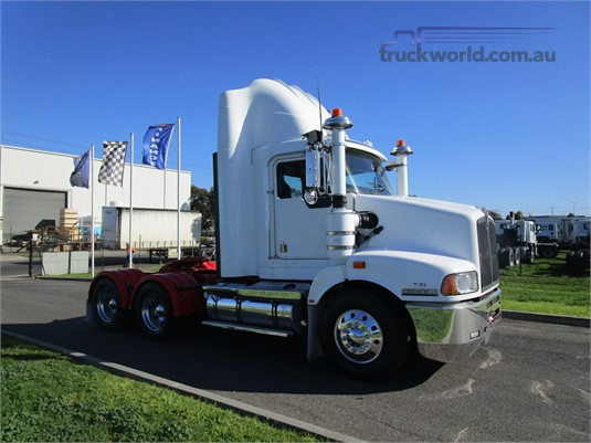 2010 Kenworth T402 - Trucks for Sale