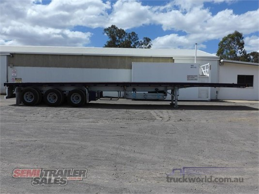 2010 Freighter Flat Top Trailer - Trailers for Sale