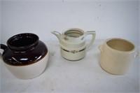 USA / McCoy - Pottery & Tea Pot